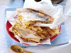 Taco Pizza, Tex Mex, Tortillas, Guacamole, Sandwiches, Tacos, Favorite Recipes, Cooking, Desserts