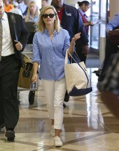 Reese Witherspoon - Reese Witherspoon and Her Son Leave LA