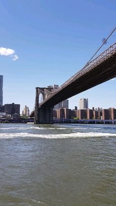 Urlaubsfeeling in New York: East River Ferry & Governors Island! East River, New York City Vacation, New York City Travel, City Aesthetic, Travel Aesthetic, Pacific Crest Trail, Appalachian Trail, New York Pictures, New York Photos