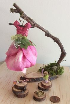 Fairy's Work by Olive* Miniatures , Dress Found in the Garden… Miniature Fairy Dress with Branch Dress Stand ~ Handcrafted … Mini Fairy Garden, Fairy Garden Houses, Fairy Crafts, Garden Crafts, Fairy Garden Furniture, Fairy Clothes, Fairy Dress, Flower Fairies, Miniature Fairy Gardens