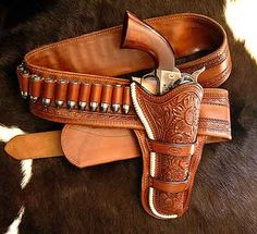 Holster and Revolver Cowboy Holsters, Western Holsters, Gun Holster, Rifles, Custom Leather Holsters, Cowboy Action Shooting, Cowboy Gear, Le Far West, Sheriff
