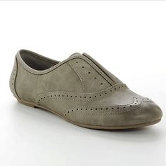 Just bought these Lauren Conrad gray shoes from Kohls - looks great with pencil pants