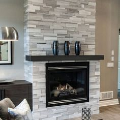 32 Awesome Living Room Design Ideas With Fireplace 32 Fantastische Wohnzimmer-Design-Ideen mit Kamin Home Fireplace, Fireplace Design, Contemporary Fireplace Designs, Living Room With Fireplace, Living Room Designs, Remodel, Brick Fireplace Makeover, Natural Stone Veneer, Fireplace Remodel