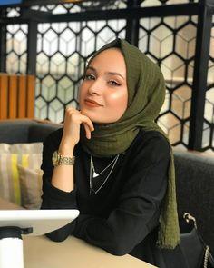 Week End Hijab Fashion Cute - Pemuja Wanita Muslim Fashion, Asian Fashion, Modest Fashion, New Fashion, Casual Hijab Outfit, Hijab Chic, Muslim Girls, Muslim Women, Hijabs