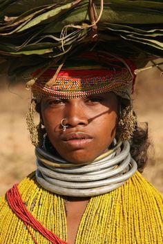 India | Bonda woman on the way to the weekly market at Onukadelli. Orissa | ©Walter Callens