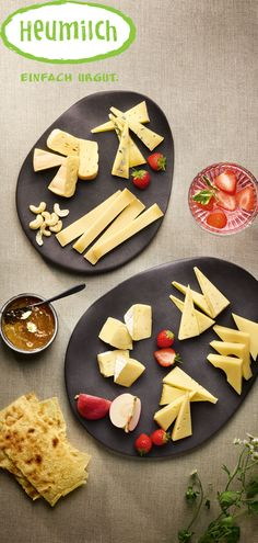 Liebe geht bekanntermaßen durch den Magen. Mit dieser Komposition an ausgewählten Käsesorten wird jede Zeit zu Zweit ein Erfolg Sugar, Cookies, Desserts, Food, Musical Composition, Hay, Milk, Love, Postres