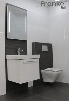 Klassischer Schwarz-Weiß Look zeitgemäß und langlebig. Weiß hochglänzende…
