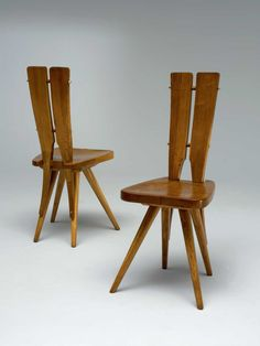 Carlo Mollino; Chestnut, Oak and Brass Side Chairs for the Casa del Sole Apartments, Cirvinia, 1953.