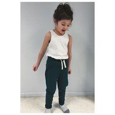 The Perfect kids pants ✌🏼 Kids Pants, Kids Branding, Simple Style, Scandinavian, Organic Cotton, Barn, Normcore, Instagram, Fashion