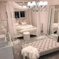 These bedroom ideas will look great and provide you with the relaxing haven that you need. Read more to discover bedroom decorating ideas that are sure to inspire you… inspo Cozy Home Decorating Ideas for Girls' Bedrooms Girl Bedroom Designs, Room Ideas Bedroom, Bedroom Inspo, Home Bedroom, Design Bedroom, Bedroom Interiors, Bed Design, Kids Bedroom, Romantic Bedroom Design