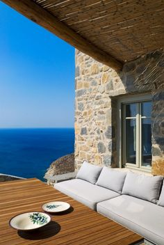 Eagle's Nest is a striking Mediterranean summer house that was completed in designed by Sinas Architects, situated on Serifos Island, Greece. Mykonos, Santorini, Outdoor Spaces, Outdoor Living, Outdoor Decor, Greek House, Best Architects, Relax, Property Design