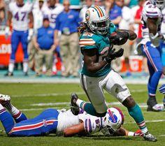 Miami Dolphins Memes, Nfl Dolphins, Derek Carr Raiders, Ezekiel Elliott Cowboys, Dolphin Quotes, Football Gear, Odell Beckham Jr, Football Pictures