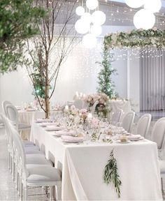 Foco no branco nessa decor de @cristinfrancis_aqueduto  #prontaparaosim #