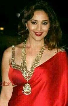 Bollywood Party, Vintage Bollywood, Indian Bollywood, Actress Anushka, Bollywood Actress, Madhuri Dixit Hot, Shruti Hasan, Shilpa Shetty, Red Saree