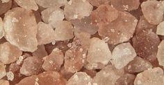 Avez-vous déjà entendu parler des incroyables cristaux de sel de l'Himalaya qui viennent directement des montagnes de l'Himalaya ? Il regorge de certains bienfaits assez étonnants et c'est un aliment de base incroyable à ajouter à votre garde-manger. C'est une excellente alternative au sel de table, voici pourquoi. Son histoire La formation du sel de l'Himalaya, l'un …