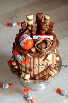 Camo Wedding Cakes, White Wedding Cakes, Beautiful Cakes, Amazing Cakes, Kind Photo, Shoe Cakes, Purse Cakes, Dragon Cakes, Cake Chocolat