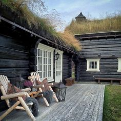 Новости Scandinavian Cabin, Mountain Cottage, Tiny Cabins, H & M Home, Wooden House, Cottage Living, Cabins In The Woods, Log Homes, Outdoor Living
