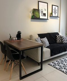 34 Nice Simple Apartment Decoration Ideas in 2020 Home Living Room, Apartment Living, Living Room Designs, Living Room Decor, Bedroom Decor, Living Area, Esstisch Design, Small Apartment Decorating, Simple Apartment Decor
