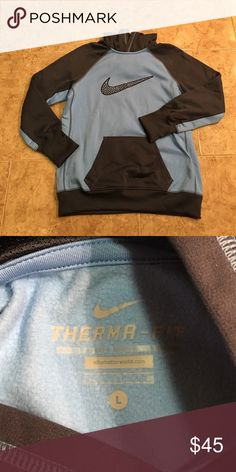 Nike Sweatshirt ! Carolina Blue Nike Sweatshirt!! Excellent condition! Only worn once! Nike Tops Sweatshirts & Hoodies
