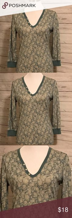 American Living Paisley Print Top American Living Paisley Print Top Size Medium  Like New 20 inches across the front armpit to armpit  25 inches in length shoulder to hem  Soft Jersey Fabric  Lovely light Teal American Living Tops
