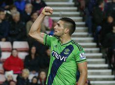 Ronald Koeman: 'Dusan Tadic does not want to leave Southampton' #TransferTalk #Southampton #Football