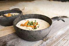 Kupilka 55 | Kupilka Mushroom Soup, Teller, Serving Bowls, Stuffed Mushrooms, Yummy Food, Plates, Dining, The Originals, Eat