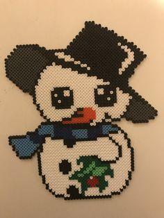 Christmas Perler Beads, Felt Christmas Ornaments, Christmas Cross, Hama Beads, Hamma Beads Ideas, Pearler Bead Patterns, Iron Beads, Beaded Crafts, Christmas Animals