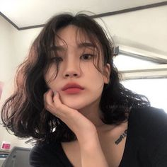 Image: 1 person, close-up, indoor – # 1 person # close-up # people # room # - New Site Korean Wavy Hair, Asian Short Hair, Short Wavy Hair, Ulzzang Short Hair, Asian Hair Dyed, Ulzzang Hairstyle, Medium Hair Styles, Curly Hair Styles, Dream Hair