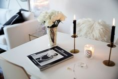 Interior Inspo - Love the Candle/Roses pairing