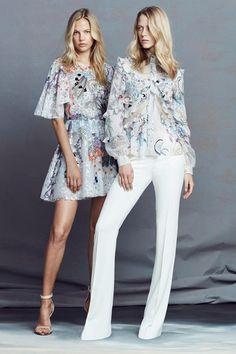 Guarda la sfilata di moda Zuhair Murad a Parigi e scopri la collezione di  abiti e bee37f6293e