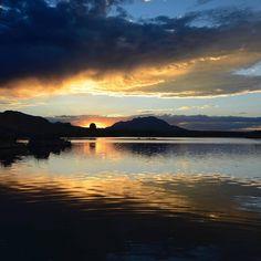 A peaceful Arizona sunset to bring your weekend to a close. #VisitArizona⠀ ⠀ ( #📷 azmilehighphotos.com via prescottrealestatephotos )