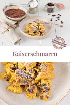 fluffiger Kaiserschmarrn ist die Nachspeise die jeden Österreicher glücklich macht! 🙂 Besonders glücklich wirst du mit diesem Rezept sein. Einfach, schnell und absolut gelingsicher mit Fluffigkeitsgarantie! Du musst nur mehr entscheiden ob du es mit oder ohne Rosinen genießen willst. Foodblogger, Cereal, Cooking, Breakfast, Fast Recipes, Kaiserschmarrn, Sweet Desserts, Eat Lunch, Food Dinners