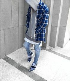 Stretwear Dubai Daily Streetwear Outfits Tag to be featured DM for promotional requests Dope Fashion, Urban Fashion, Daily Fashion, Mens Fashion, Fashion Outfits, Street Fashion, Urban Apparel, Style Streetwear, Streetwear Fashion