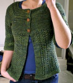 pretty - I think I may have this already saved on Ravelry