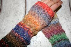 Armstulpen Stulpen handgestrickt Zopf Wolle bunt von hemstickat