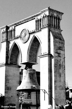 Campana de templo en su lugar de Arandas Jalisco Mexico 3