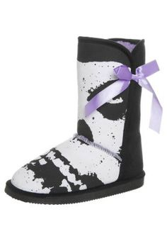 Iron Fist Fugly Boot just got these and there so cute!! Just a little stiff but cozy. ❤