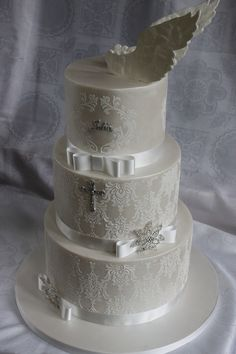 First Communion Cake – Dekoration Christian Cakes, Amazing Cakes, Beautiful Cakes, Cupcakes, Cupcake Cakes, First Holy Communion Cake, Foto Pastel, Confirmation Cakes, Baptism Cookies