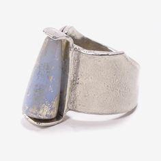 Baguio Ring in Sky Blue - SS 2017 / Pewter, glass / Anne-Marie Chagnon ===  Bague Baguio en bleu ciel - PE 2017 / Étain, verre / Bijoux Anne-Marie Chagnon