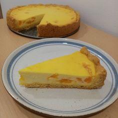 """58 To se mi líbí, 3 komentářů – Dendy pečení (@dendy_peceni) na Instagramu: """"TVAROHOVÝ KOLÁČ S MANDARINKOU 🍊🍊🍊 Jeden tvarohový koláč tu už mám ale trochu jsem ho vylepšila.…"""" Cheesecake, Desserts, Food, Tailgate Desserts, Deserts, Cheesecakes, Essen, Postres, Meals"""