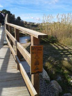 La pasarela 14 sobre el Turia en el Parque Natural