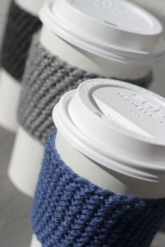 I know what everyone is getting for christmas this year....knit coffee sleeve <3