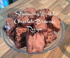 Slimming World Chocolate Brownie Recipe syns each OR make with sugar and is 30 syns for whole tray. I get approx 18 brownies from the recipe so that's syns per brownie for the sugar version (no frosting needed) (simple brownie recipe snacks) Slimming World Deserts, Slimming World Puddings, Slimming World Recipes Syn Free, Slimming World Diet, Slimming Eats, Slimming World Brownies, Slimming World Cookies, Slimming World Cheesecake, Sliming World
