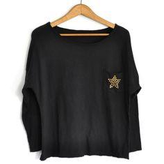 Camiseta estrella tachuelas