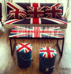 Decorate with Union Jack. Even home décor and modern interiors work well with the 'Union Jack theme'. From furniture and décor to art work and accessories, pretty much everything and anything in the motif can be incorporated into every contemporary home.