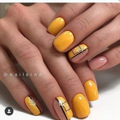 Square nails are very popular and are known as glamorous nail shapes. This form of nails is sure to attract attention and is suitable for women who wear medium-length nails. Manicure Nail Designs, Nail Manicure, Nail Art Designs, Nail Shapes Square, Square Nail Designs, Yellow Nails Design, Orange Nail Designs, Cute Nails, My Nails