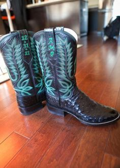 custom cowboy boots with your initials or wedding date for your big day! This is a must!!