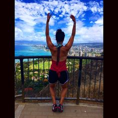 Purdy Cheung has an amazing view from Honolulu with arms up and heels high! #barvanwheredoyoubar?  #barmethod #barmethodvancouver #barmethodwestvancouver #honolulu #fit #fitness #health #view