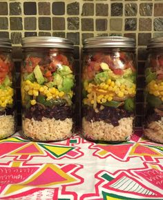 If you like Chipotle's veggie burrito bowl, you are going to go nuts about this lunch! The contents of Chipotle-style vegan Mexican burritobowl are made at home and layered beautifully in a mason jar!  I created this salad when I felt like having Chipotle-style lunch without actually having to leave the house to go to Chipotle! It's modeled after the Chipotle vegetarian burrito bowl - the ingredients that I use are exactly the same as the ones I request when ordering a burrito bowl...