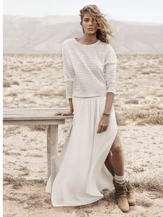 Sweater and Maxi Skirt Look Inspiration - Daria Werbowy for MANGO Daria Werbowy, Fashion Moda, Look Fashion, Fashion Beauty, Fashion Trends, Fashion Ideas, High Slit Dress, Mode Boho, Mode Editorials